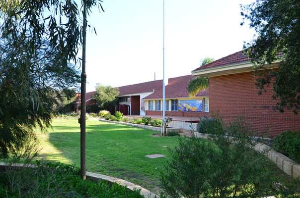 High School - Morawa451