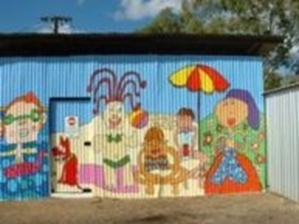 Mural painted by Morawa youth
